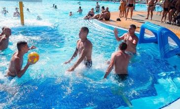 Хотите спортивных развлечений? Заходите на водное поло!